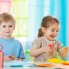 Le CAP petite enfance par correspondance : avantages et débouchés