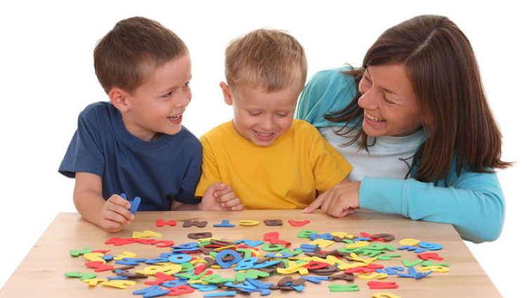 Bep Carrières Sanitaires Et Sociales Métiers De La Petite Enfance Kids Formation